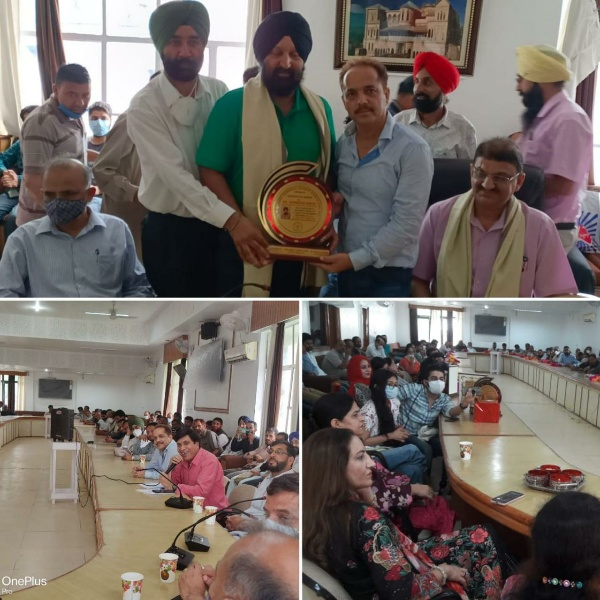 MD Banday Memorial Society felicitates PHE Engineers on their superannuation