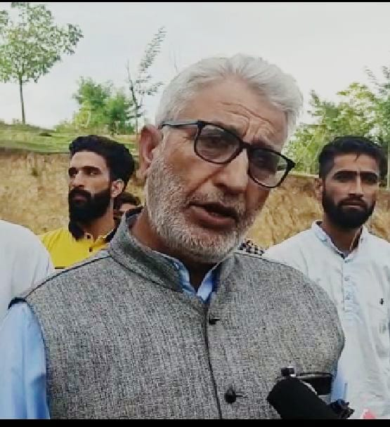 People Suffer in Langate Constituency Due to Tussle between political parties: says Munawar Khawaja