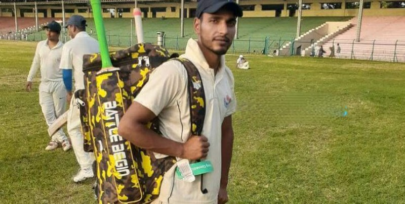Pride of kashmir | Nayeem Ahmad Mallah a physically challenged shawl seller from Budgamselected for international cricket
