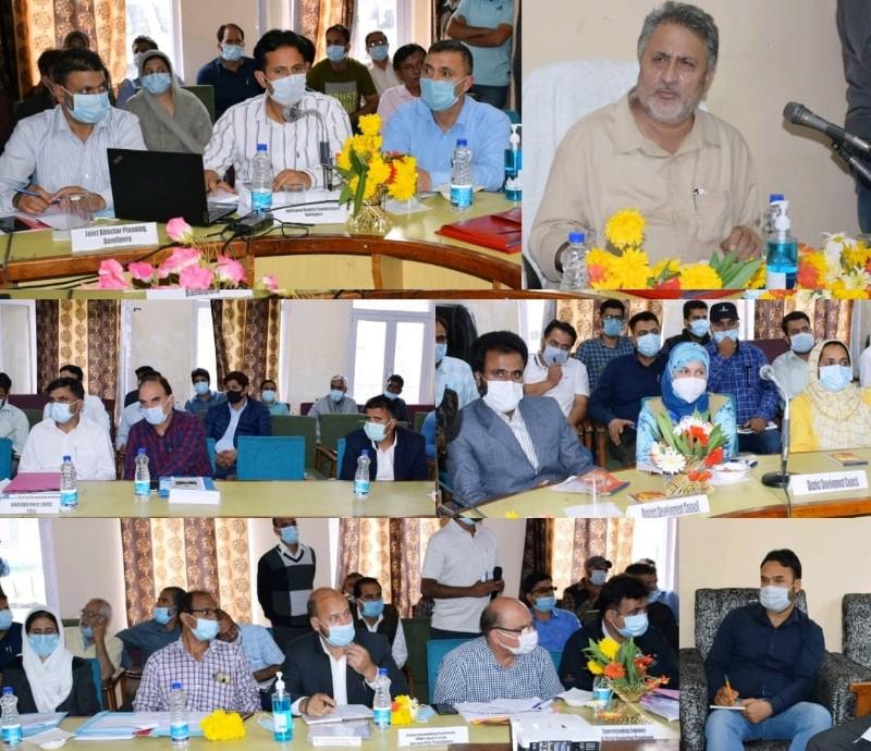 Dr Asgar Samoon reviews developmental activities in Gurez