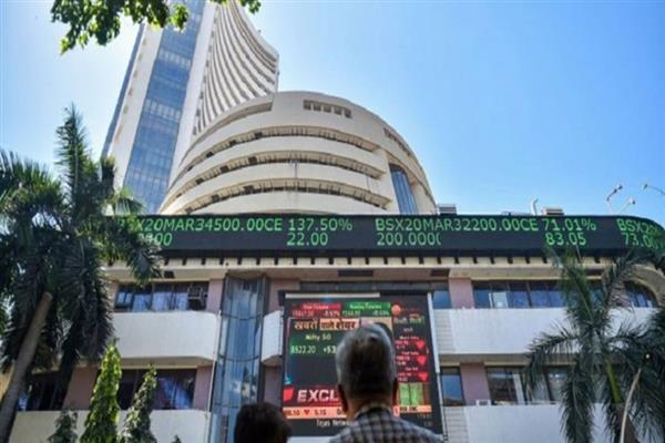 Sensex opens at fresh peak; succumbs to profit-booking in early trade