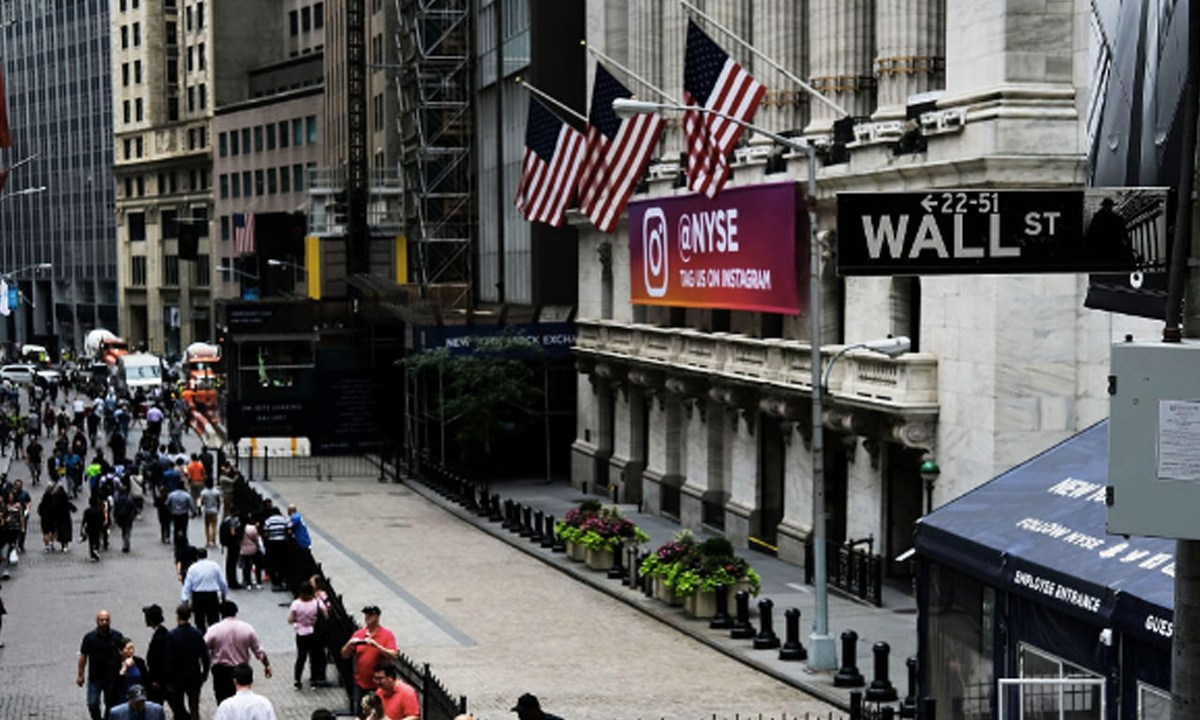 Is a New Global Financial Crisis Imminent?