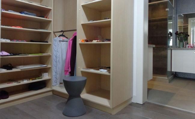 8-home-identity-flat-ensuite-closet-2-alexandra-kollaros