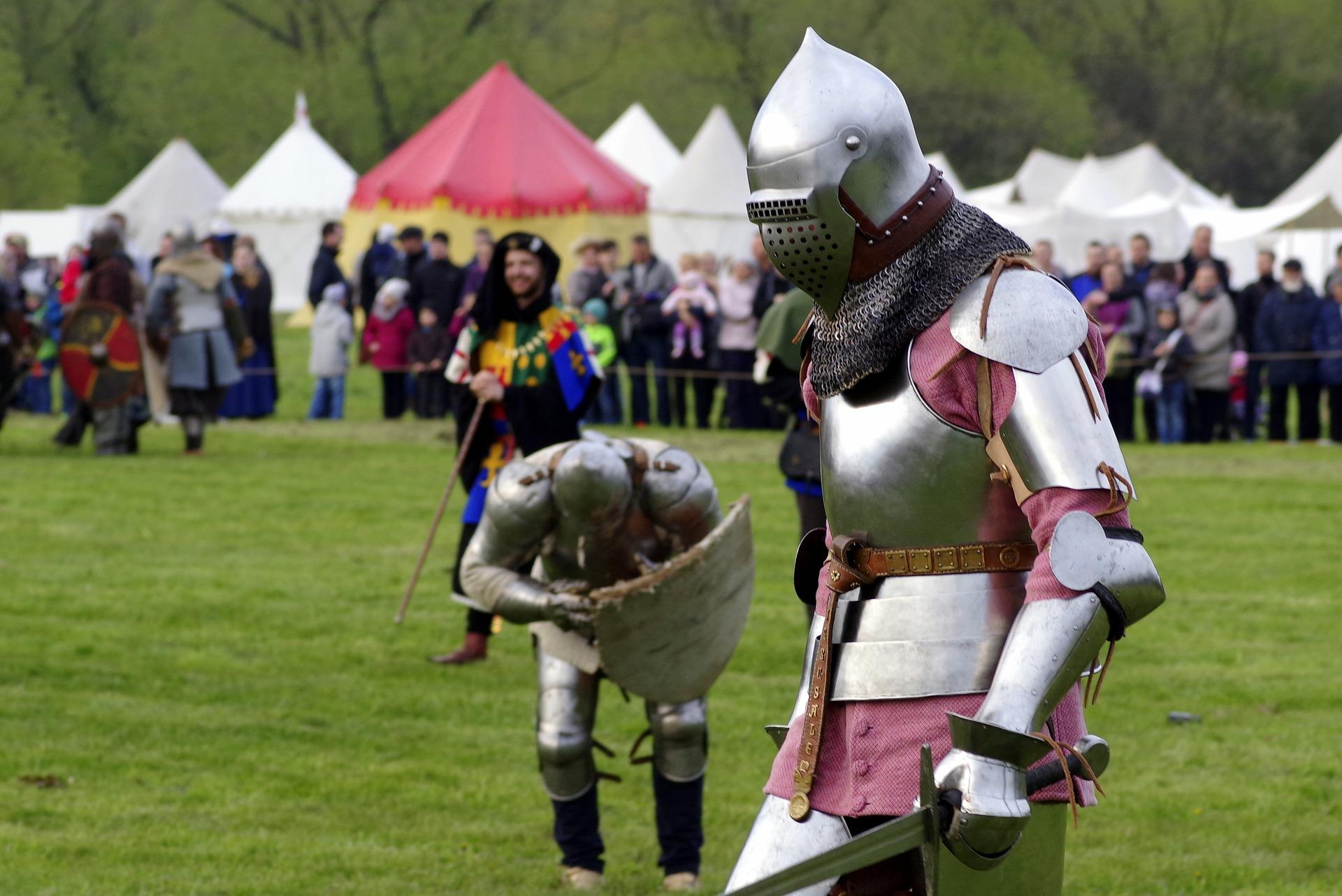 knight-2273052_1920.jpg