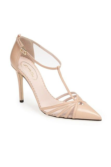 28fbe321d39515b7cfdc0d6d82a66116-nude-shoes-nude-pumps