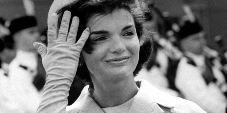 10 Beauty Lessons We Learned From Jackie Kennedy