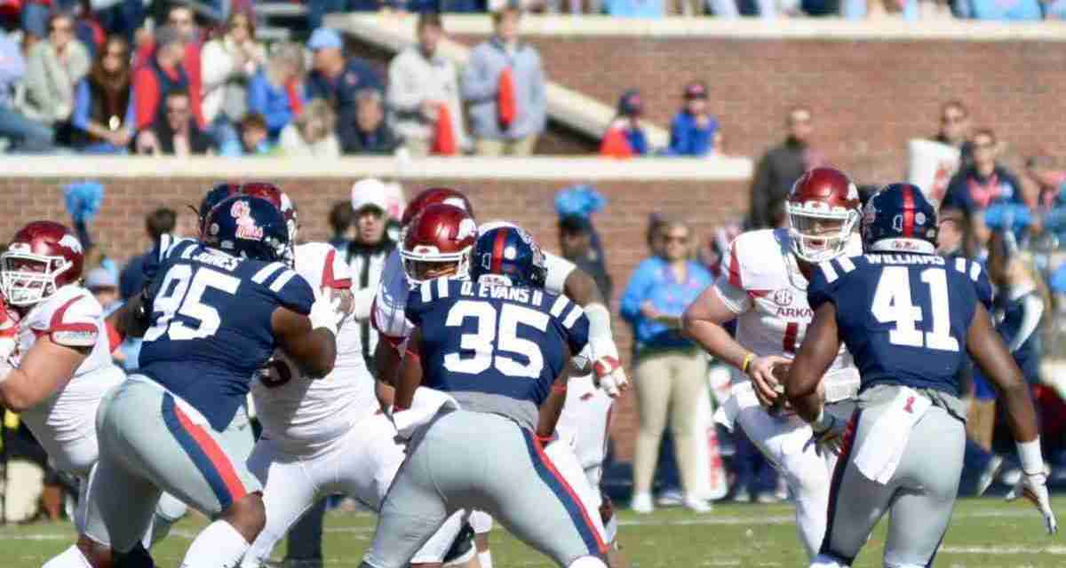Ole Miss defense turns its attention to Kentucky running back Benny Snell