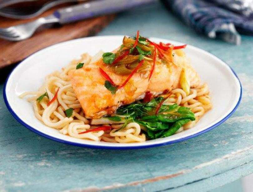 Steamed Salmon and Fresh Noodles Parcels - TheRecipe.Website