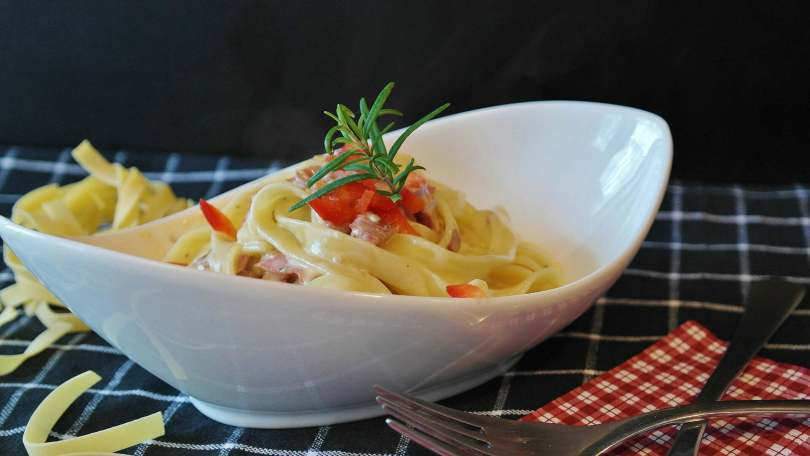 Linguine with Sardines Fennel and Capers - TheRecipe.Website