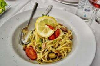 Seafood Fettuccine - TheRecipe.Website