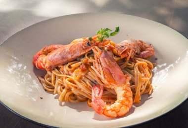 Prawn Spaghetti with Tomato Sauce