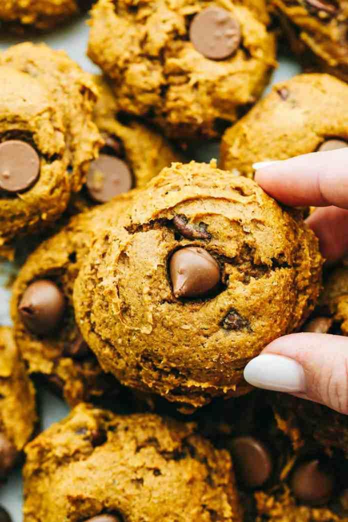 3 ingredient Pumpkin spiced Chocolate Chip cookies.