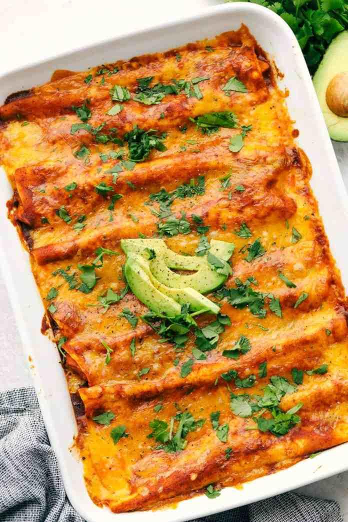 A pan of cheesy chicken enchiladas.