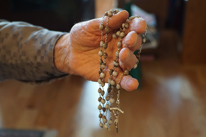 Each bead is a prayer for long-time rosary maker   The Record