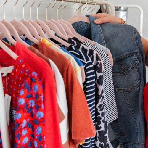 5 Quick Steps to a Clean Closet