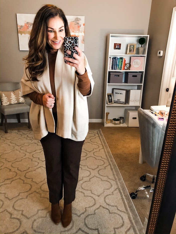 Business Casual Looks with brown ankle pants and neutral tops for winter 2019 #teacherstyle #corporatestyle  #thecorporatelife #corporatefashion  #office  #womeninsuits #networking #work #office #officeattire #workootd #worklook #workwear #weartowork #workfashion #workstyle #whatiweartowork