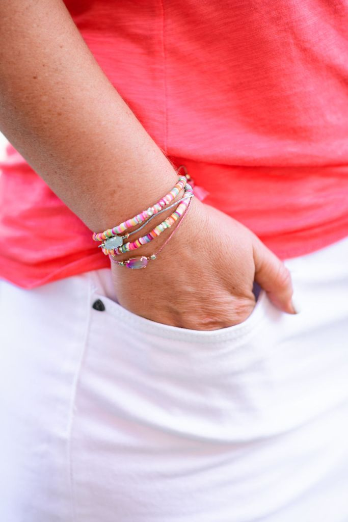 Kendra Scott Everlyne Pink Cord Friendship Bracelet in Watercolor Illusion // proceeds benefit Feeding America // Summer 2020