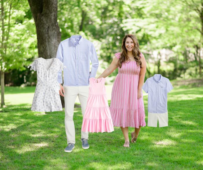 Summer Family Photo Outfits | Beach Family Photos #familyphotos #summerdress #maxidress #familyphotoideas #beachfamilyphotos