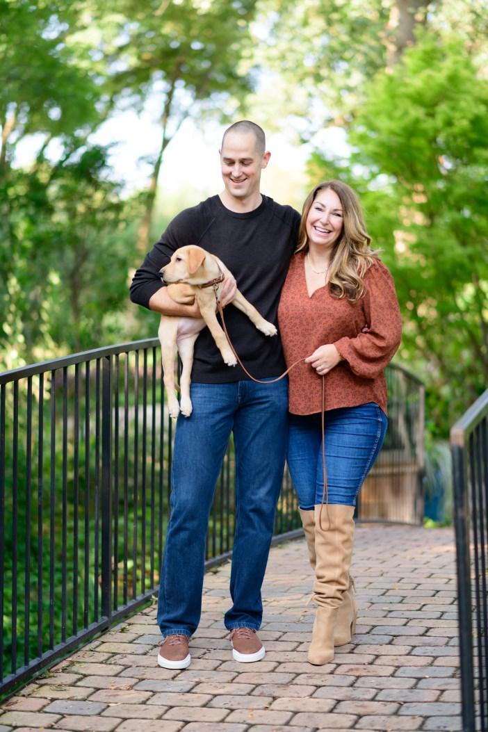 Men's and Women's Outfits for Fall Family Photos #fallstyle #gibsonlook #fallfashion #mensfallclothing #fallshoes #familyphotos