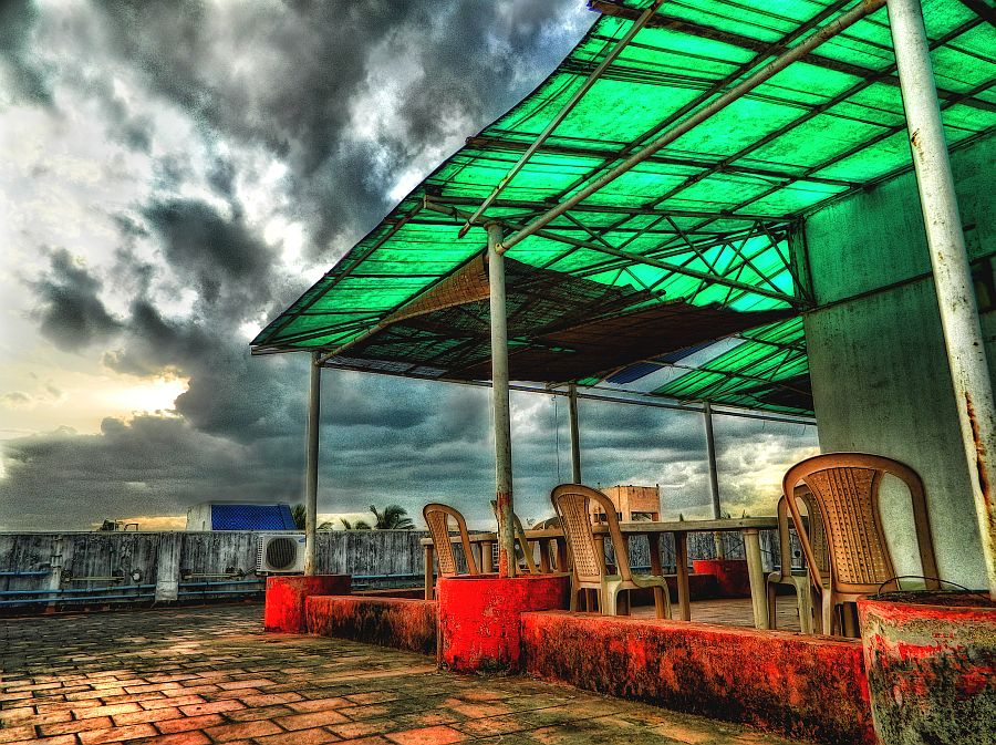office, terrace, irfan, hussain, thereddotman, the red dot man., HDR, High dynamic range, Nikon L120, Nik HDR EFEX