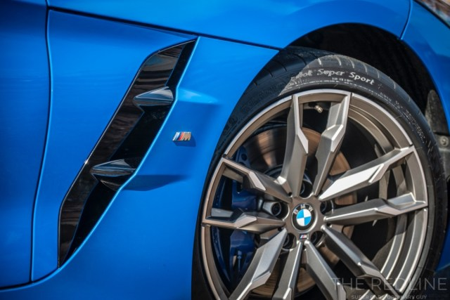 19-inch light alloy wheel