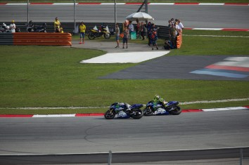 Rossi and Lorenzo duke it out