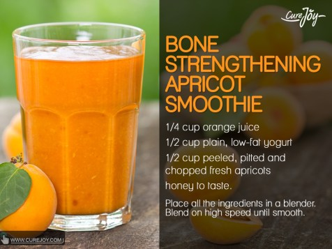 Bone-Strengthening-Apricot-Smoothie