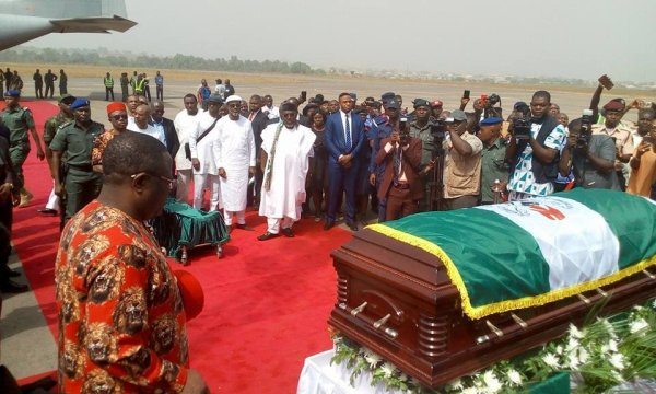 Alex-Ekwueme's-body-arrives-Enugu