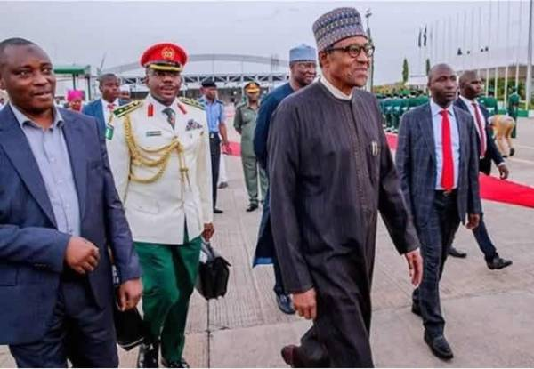 Buhari-returns-from-London