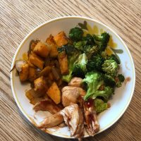 Paleo whole 30 BBQ Chicken & Sweet Potato Bowls {gluten-free, dairy-free, paleo, whole 30, vegan, healthy}