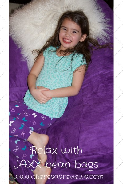 3 Activities Perfect for a Snow Day & JAXX Bean Bag Review - Theresa's Reviews - @jaxxbeanbags - www.theresasreviews.com