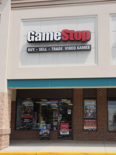 Game Stop store front