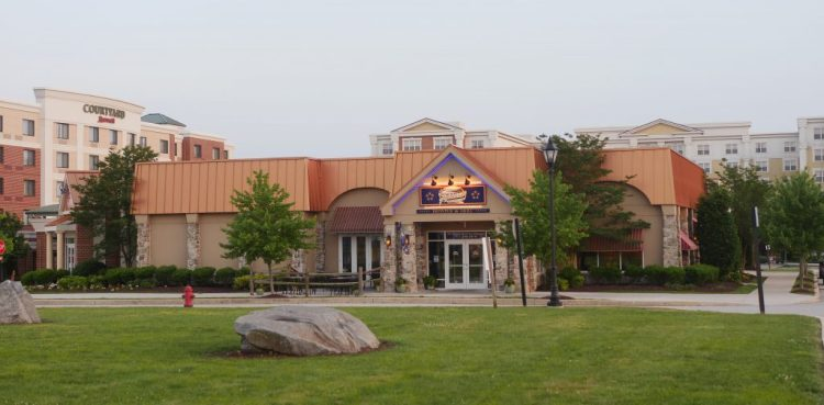 Located minutes from downtown Gettysburg, Gateway Gettysburg has a Courtyard Marriott, a Wyndham Hotel, the Appalachian Brewing Company Restaurant, and the Gateway Movie Theater.