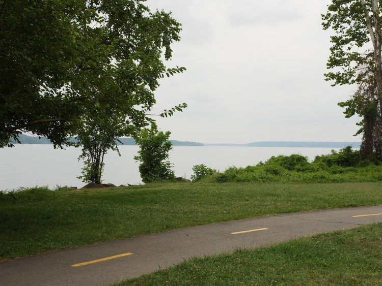The Mount Vernon Trail has 17 miles for hiking and biking.