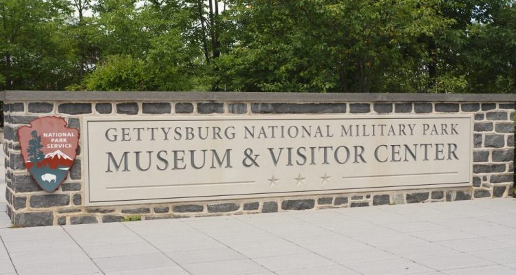 A visit to the Gettysburg National Military Park Museum & Visitor's Center - Theresa's Reviews