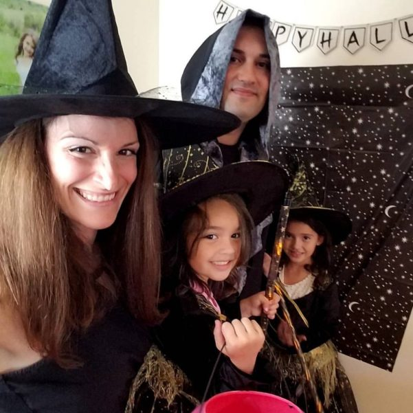 Theresa's Reviews went live on Facebook for the 2017 Halloween Decor House Tour. If you missed it, you can still find the video on Facebook!