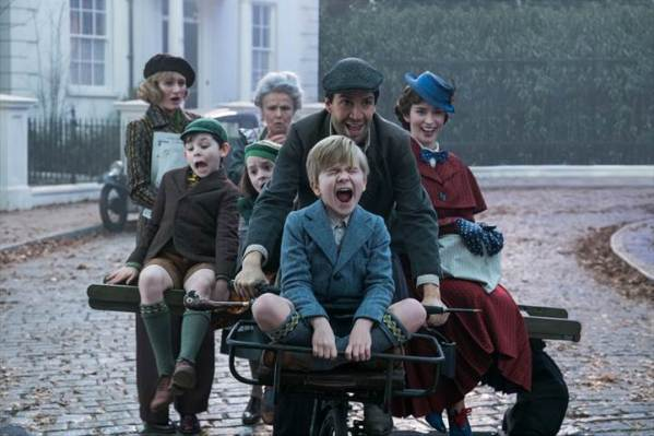 MARY POPPINS RETURNS - Disney 2018 movie releases #MaryPoppinsReturns