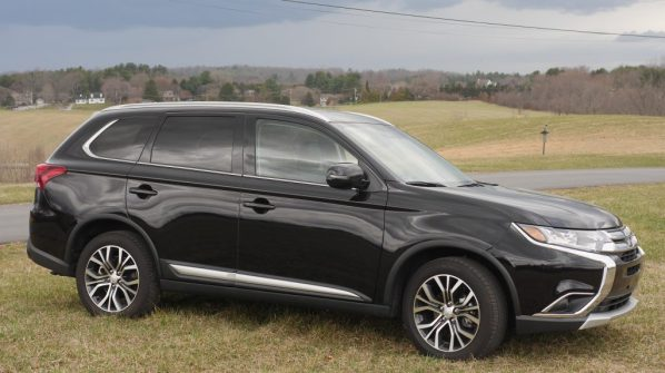 Our Spring Break Week In Review - 2018 Mitsubishi Outlander - Theresa's Reviews