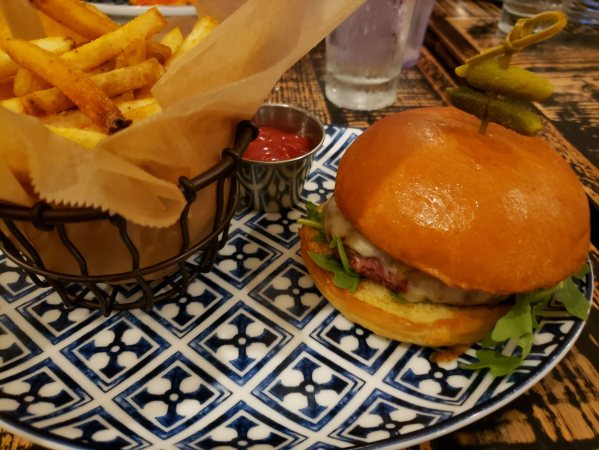 Road Trip Food: Maryland to Nashville - Mad Chef Kitchen & Bar - Theresa's Reviews