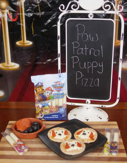 Looking for a fun and easy after school snacking solution?  Check out this simple PAW Patrol Puppy Pizza recipe on Theresa's Reviews!