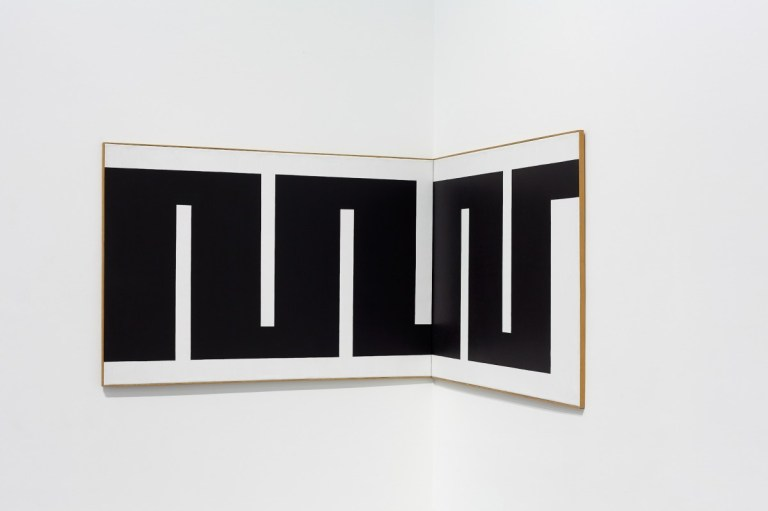 Julije Knifer, TUE (Tuebingen Ecke), 1973 acrylic, canvas
