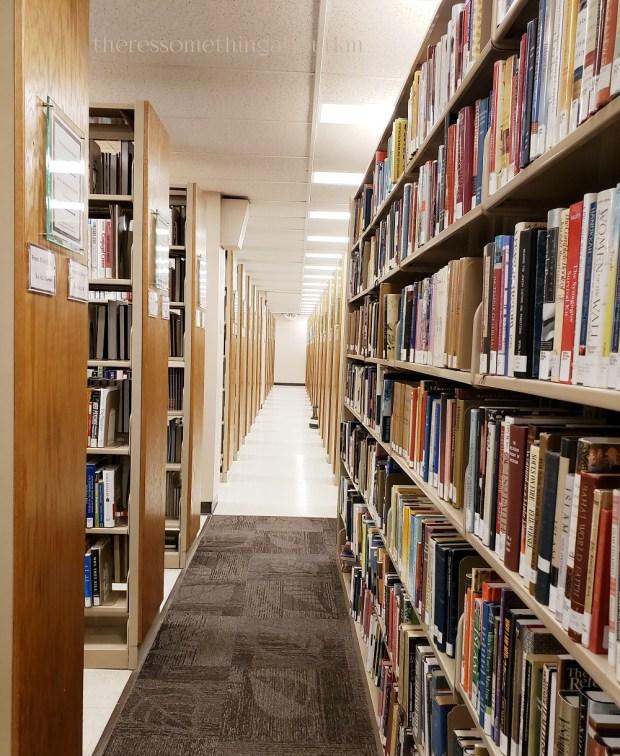 Maine State Library Stacks | Bookshelves