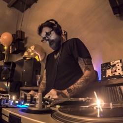 TheBarattheR-DJ-09