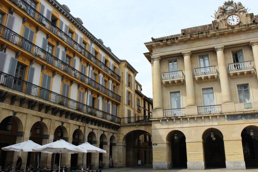 San Sebastian Old Town Square