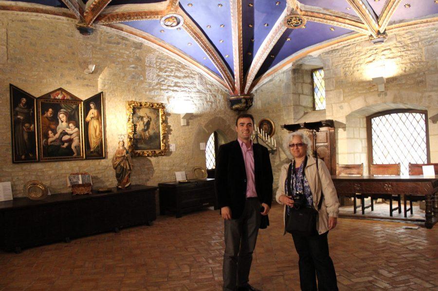 Leslie and Aitor in Casa del Cordon