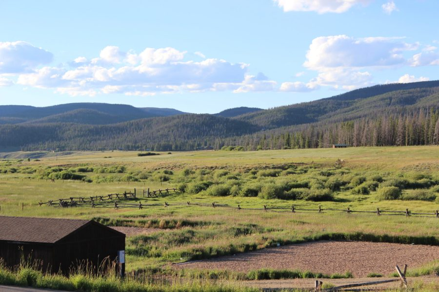 Walk over to Devil's Thumb Ranch from Wild Horse Inn