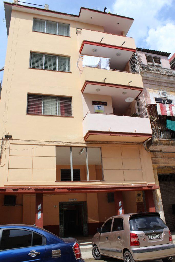Casa Castellòn - lodging in Havana