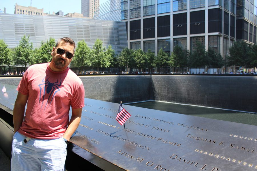 Rediscovering Manhattan - the 9/11 World Trade Center Memorial Footprints