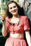 Maureen O'Hara (Anfang der 1940er Jahre) / Portr‰t, Portrait, Personen, Frau Apfel, Obst, fruit, essen, in der Hand halten