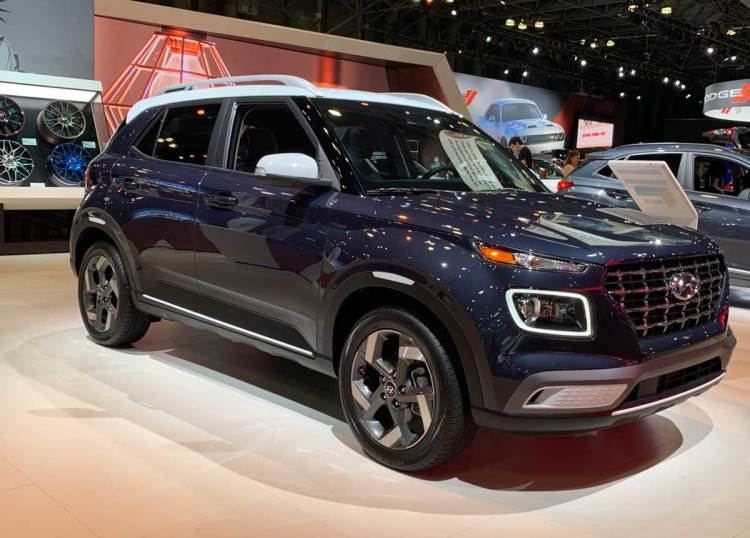 Hyundai Venue Interior, Exterior, Engine and Price 2019
